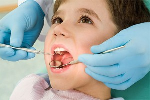 clinica infantil dental dentistas hispanos